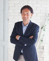 岡 俊宏コーチ
